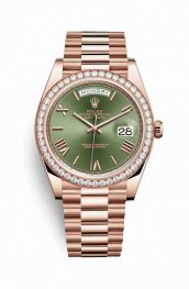 Rolex Day-Date 40 18 ct Everose oro 228345RBR Olive verde Dial Reloj